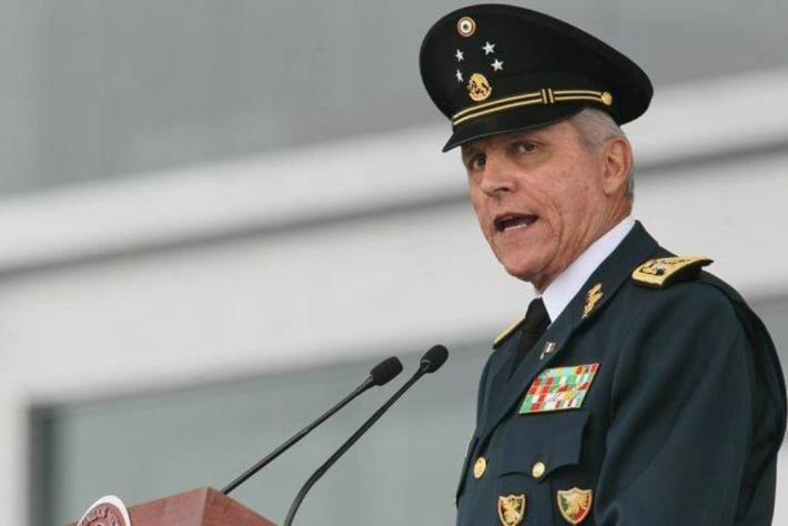 Y se enojo el General Cienfuegos.